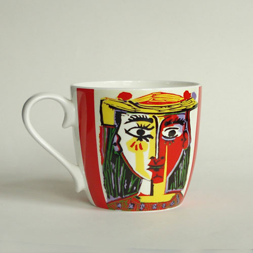 *  Fine Bone China Becher PICASSO »Frau mit Hut - Rot«